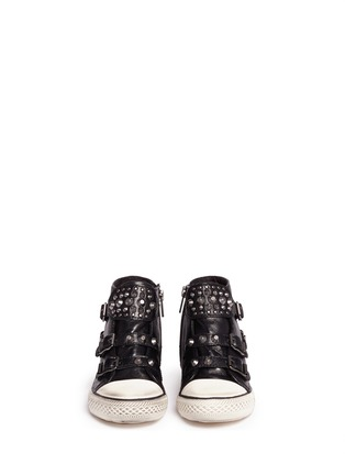 模特示范图 - 点击放大 - 90115 - FROG儿童款铆钉搭带高筒球鞋