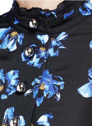 细节 - 点击放大 - PROENZA SCHOULER - 花卉图案喇叭袖上衣