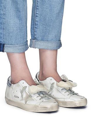 模特儿示范图 - 点击放大 - GOLDEN GOOSE - Super Star仿旧真皮平底鞋