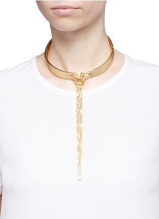 模特示范图 - 点击放大 - Eddie Borgo - NEO细链条垂坠颈环
