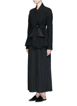 模特示范图 - 点击放大 - MS MIN - 花卉蕾丝透视上衣