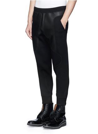正面 -点击放大 - NEIL BARRETT - 太空棉真皮拼贴休闲长裤