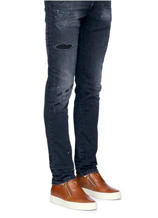 模特儿示范图 - 点击放大 - GIUSEPPE ZANOTTI DESIGN - MAY LONDON金属拉链牛皮厚底便鞋