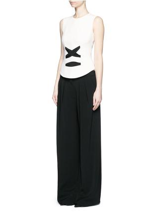 模特儿示范图 - 点击放大 - BALENCIAGA - 系带设计绉绸无袖上衣