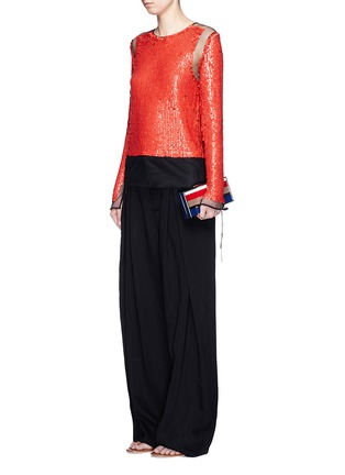 模特儿示范图 - 点击放大 - EMILIO PUCCI - 珠片网纱上衣