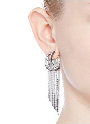 模特示范图 - 点击放大 - VENNA - 仿水晶月亮链条流苏耳环