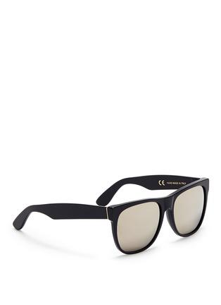 模特儿示范图 - 点击放大 - SUPER - Classic中性款镜面镜片方框太阳眼镜