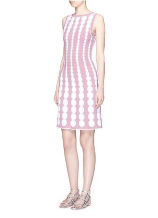 模特示范图 - 点击放大 - ALAÏA - Moorea格纹圆点提花针织连衣裙