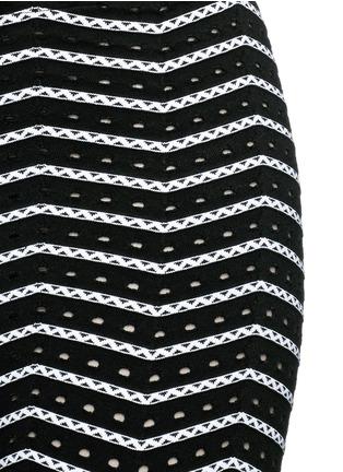 细节 - 点击放大 - ALAÏA - 折纹镂空弹力打底裤
