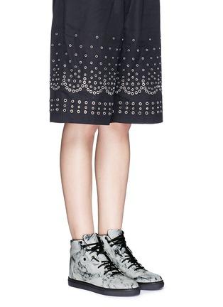 模特儿示范图 - 点击放大 - BALENCIAGA - 拼色小牛皮高筒运动鞋