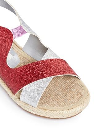 细节 - 点击放大 - STELLA MCCARTNEY KIDS - Rasberry闪粉拼色交叉搭带麻编凉鞋