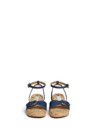 模特儿示范图 - 点击放大 - STELLA MCCARTNEY KIDS - Linda儿童款牛仔搭带软木坡跟凉鞋