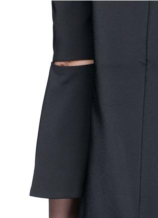 细节 - 点击放大 - TIBI - 镂空喇叭袖露肩连衣裙