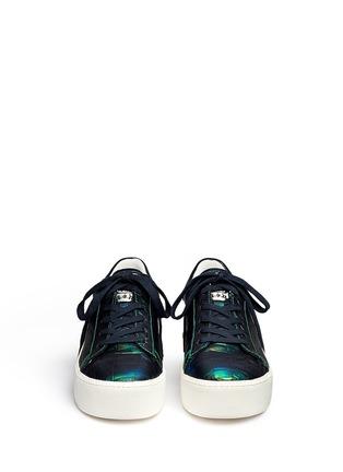 模特儿示范图 - 点击放大 - ASH - CULT鳄鱼纹系带厚底鞋