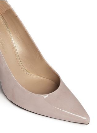 细节 - 点击放大 - STUART WEITZMAN - HEIST漆皮尖头高跟鞋