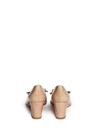 背面 - 点击放大 - STUART WEITZMAN - 蝴蝶结方头漆皮中跟鞋