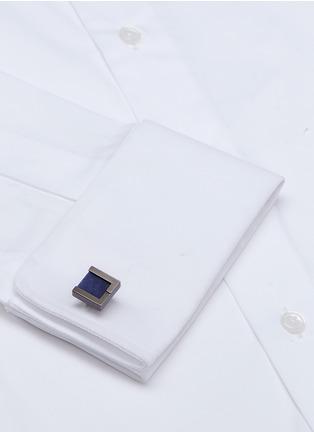 模特儿示范图 - 点击放大 - LANVIN - 可替换式仿宝石方形袖扣