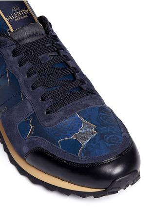 细节 - 点击放大 - Valentino - 麂皮蝴蝶迷彩拼贴运动鞋