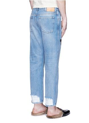 背面 - 点击放大 - GUCCI - 蝴蝶徽章磨破水洗牛仔裤