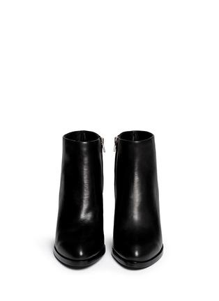 模特儿示范图 - 点击放大 - ALEXANDERWANG - GABI缺口式中跟短靴