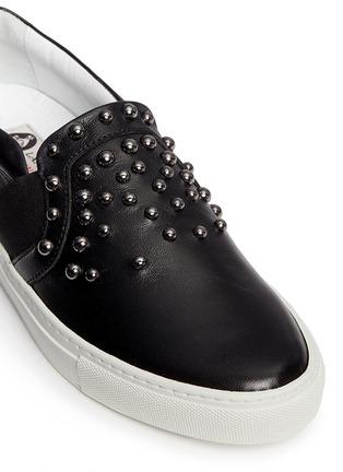 细节 - 点击放大 - LANVIN - 大小铆钉牛皮平底便鞋