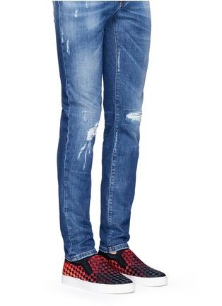 模特示范图 - 点击放大 - ASH - LARRY渐变编织平底便鞋