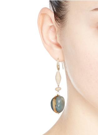 模特示范图 - 点击放大 - ISABEL MARANT - 仿宝石木珠垂坠耳环