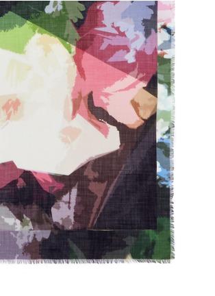 细节 - 点击放大 - FRANCO FERRARI - 拼色水彩效果羊绒围巾