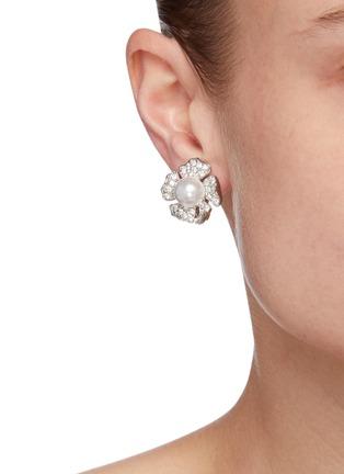 模特示范图 - 点击放大 - KENNETH JAY LANE - 花卉造型耳环
