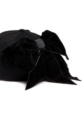 细节 - 点击放大 - PIERS ATKINSON - 天鹅绒蝴蝶结鸭舌帽