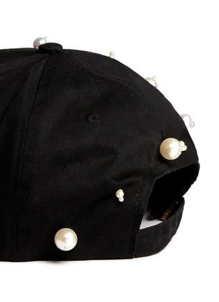 细节 - 点击放大 - PIERS ATKINSON - 人造珍珠装饰鸭舌帽