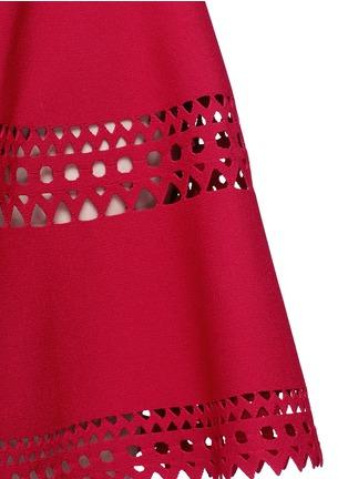细节 - 点击放大 - ALAÏA - Vienne镂空几何图案喇叭连衣裙