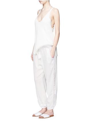 模特儿示范图 - 点击放大 - ANNA KOSTUROVA - GIZA钩编拼接纯棉长裤