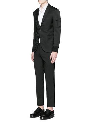 模特儿示范图 - 点击放大 - NEIL BARRETT - 缎面拼贴迷彩羊毛西服外套