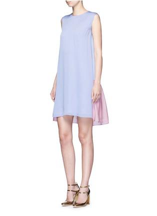 模特示范图 - 点击放大 - ROKSANDA - Fuji拼色泡泡纱连衣裙
