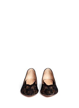 模特儿示范图 - 点击放大 - GIANVITO ROSSI - 蕾丝花边平底鞋