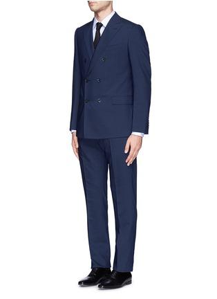 模特儿示范图 - 点击放大 - ARMANI COLLEZIONI - 羊毛双排扣西服套装