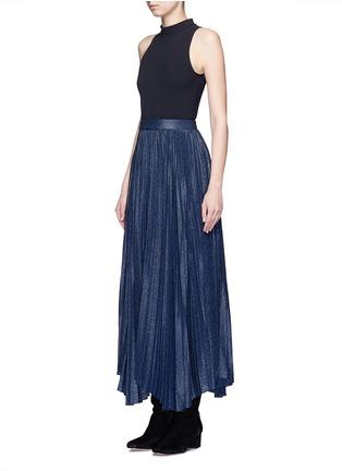 模特示范图 - 点击放大 - ALICE + OLIVIA - KATZ金属感百褶混丝半身裙