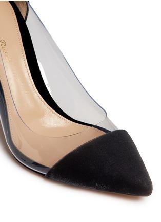 细节 - 点击放大 - GIANVITO ROSSI - Plexi 85 PVC拼接天鹅绒高跟鞋