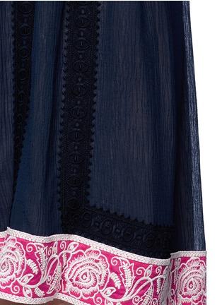 细节 - 点击放大 - CHLOÉ - 花卉刺绣钩花蕾丝露肩连衣裙