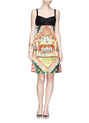 模特示范图 - 点击放大 - DOLCE & GABBANA - 西班牙舞者印花铅笔裙