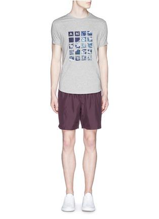 模特儿示范图 - 点击放大 - ORLEBAR BROWN - 'OB T' Abu Dhabi Aerial print T-shirt
