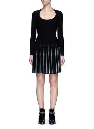 首图 - 点击放大 - ALAÏA - SEGUIDILLE拼色百褶弹性连衣裙