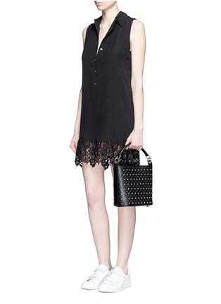 模特儿示范图 - 点击放大 - EQUIPMENT - Lucida蕾丝拼接无袖真丝连衣裙