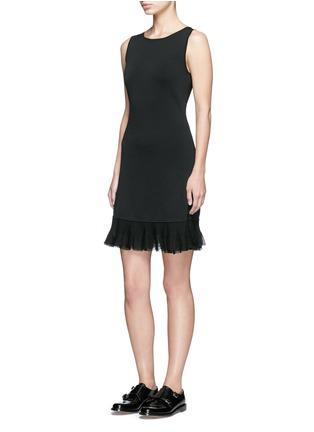 模特儿示范图 - 点击放大 - THEORY - Torylevina荷叶边裙摆弹力连衣裙