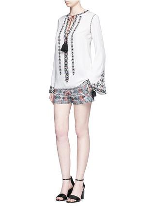 模特示范图 - 点击放大 - TALITHA - 民族风格刺绣纯棉短裤