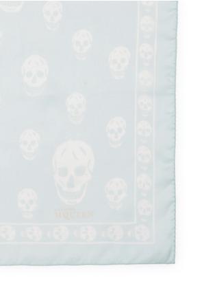 细节 - 点击放大 - ALEXANDER MCQUEEN - 骷髅头图案真丝雪纺围巾