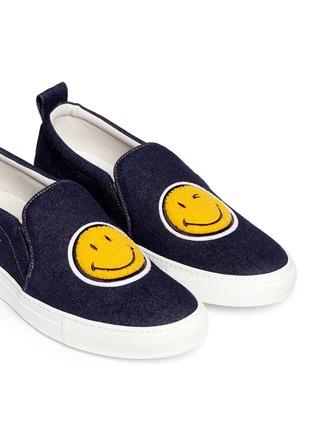 细节 - 点击放大 - JOSHUA SANDERS - 植绒笑脸装饰平底便鞋
