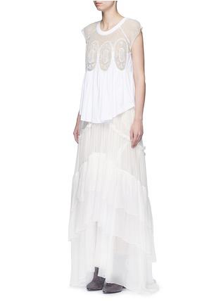 模特儿示范图 - 点击放大 - CHLOÉ - 花卉蕾丝拼贴碎褶T恤