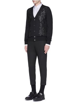 模特儿示范图 - 点击放大 - ALEXANDER MCQUEEN - 拼色纯棉府绸衬衫